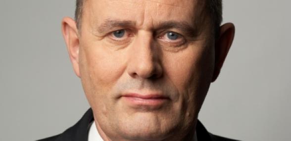 finansmarknadsministern säger nej till lagförslaget om amorteringar